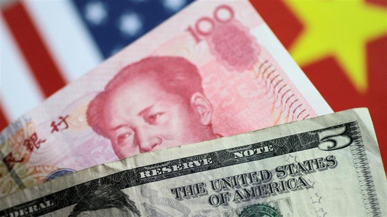 What a Weaker Yuan Means for Trade Talks and the Global Economy