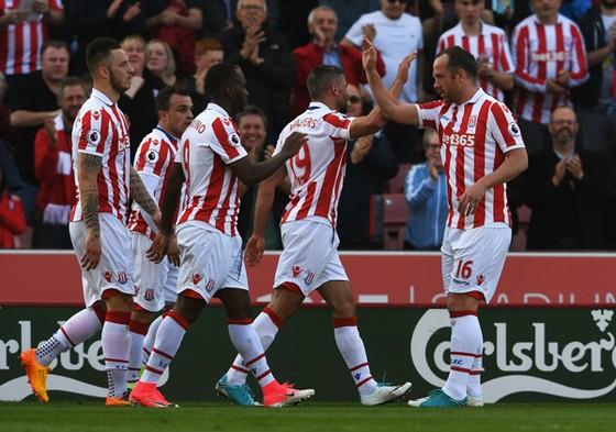 Không thực sự có mùa giải tốt nhưng vị trí thứ 13 cũng đủ để Stoke City hài lòng