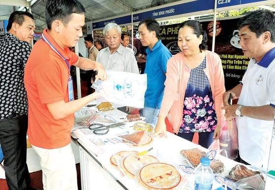 Doanh nghiệp Việt khó đưa hàng vào siêu thị ảnh 1