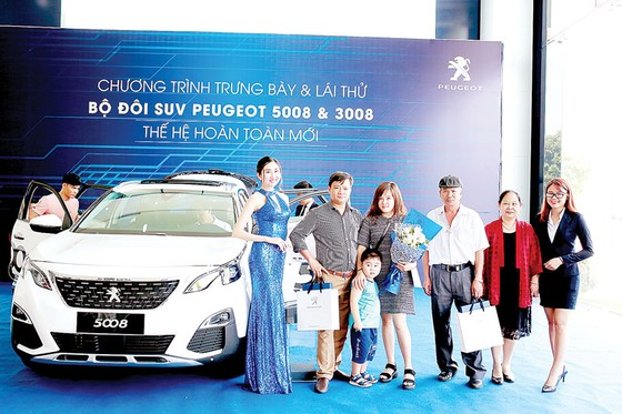 Hơn 1.000 khách hàng cùng tham gia trải nghiệm công nghệ vượt trội của SUV Peugeot 5008, 3008… ảnh 1