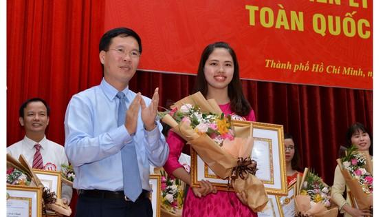 Giảng viên của tỉnh Quảng Trị giành giải nhất lý luận chính trị giỏi toàn quốc ảnh 1