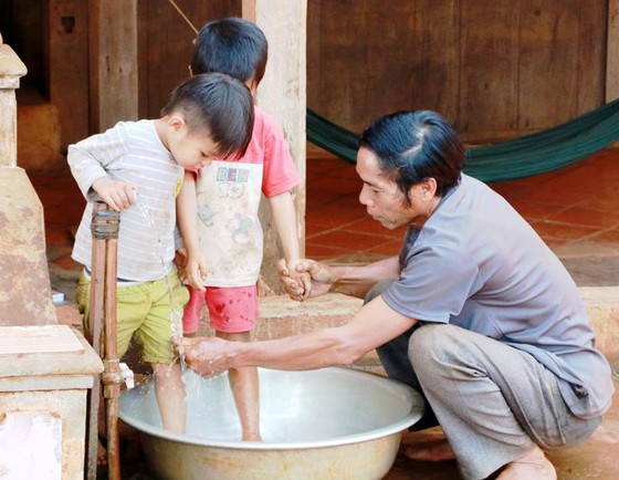 Đông Nam bộ nhiều nơi vẫn thiếu nước ảnh 1
