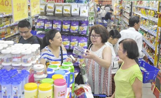 Tạo chuyển biến sâu rộng trong sản xuất và tiêu dùng hàng Việt ảnh 1