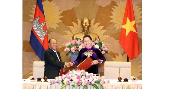 Quan hệ Việt Nam - Campuchia ngày càng đi vào chiều sâu ảnh 1