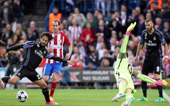 Real Madrid bước vào chung kết Champions League ảnh 2