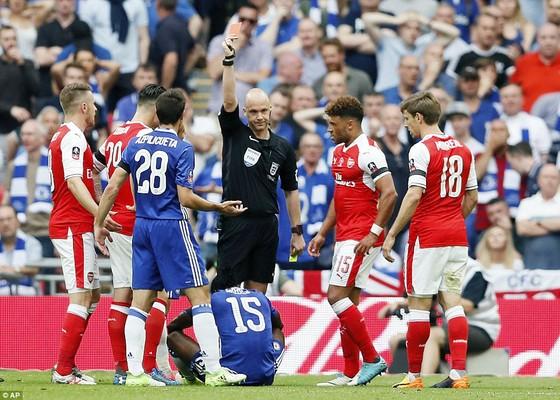 Arsenal đăng quang ngôi vô địch FA Cúp 2017 ảnh 3