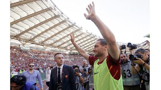 Kết thúc Serie A 2017: Empoli cay đắng xuống hạng ảnh 1