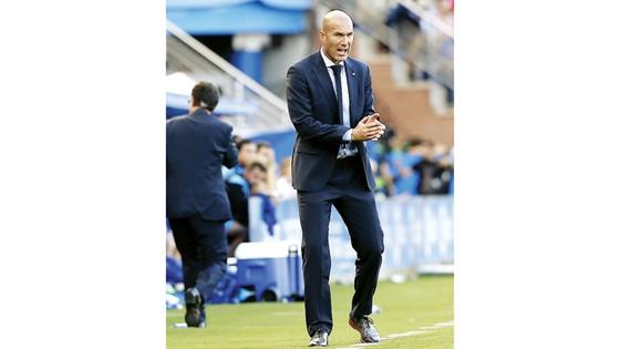 HLV Zidane đang chịu áp lực thắng trận sân nhà đầu tiên của mùa giải này