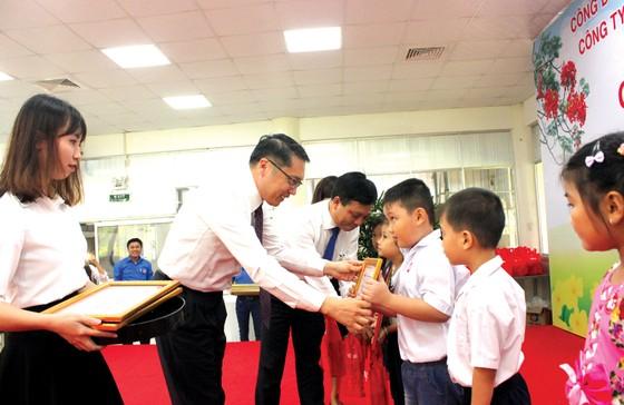 Vedan Việt Nam khen thưởng 690 con em CB-CNV đạt thành tích học tập giỏi, xuất sắc năm 2018 ảnh 2