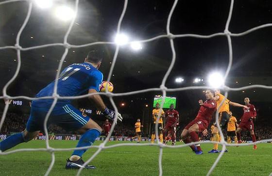 Liverpool trong trận thắng Wolverhampton 2 - 0.