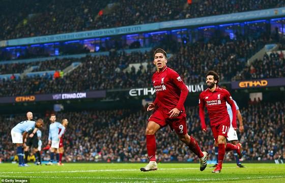 Thắng đại kình địch Liverpool 2 - 1, Manchester City trở lại vị trí nhì bảng ảnh 2