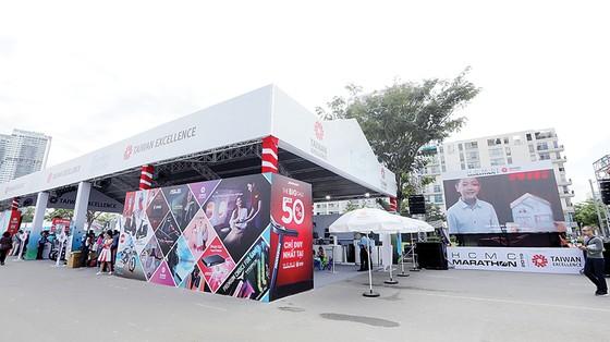 HCMC Marathon 2019: Chinh phục bằng đột phá công nghệ ảnh 1