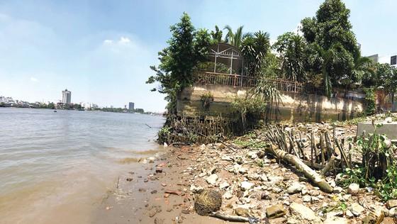 Lấn chiếm sông rạch: Vi phạm tràn lan - Xử lý đủng đỉnh ảnh 1