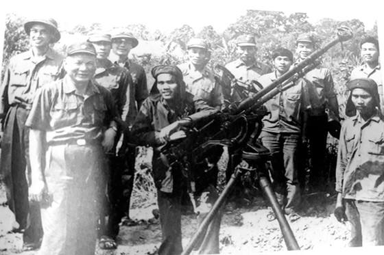 Kỷ niệm 2 giờ với Đại tướng Lê Đức Anh ảnh 1