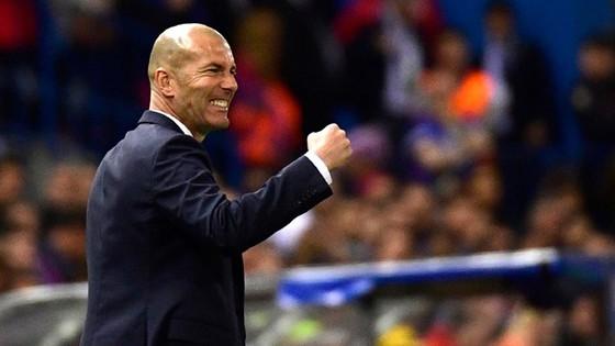 Niềm phấn khích của HLV Zidane
