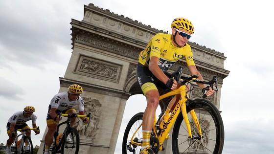 Sau Tour de France, Chris Froome đang hướng đến Vuelta a Espana