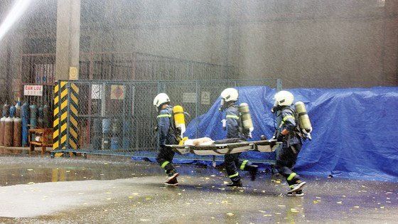 Công ty Vedan Việt Nam tích cực thực tập phương án chữa cháy và cứu nạn cứu hộ ảnh 5
