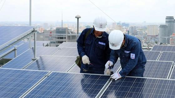 Sử dụng điện năng lượng mặt trời: Tiềm năng lớn, lợi ích cao ảnh 1