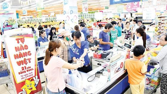 Khi hàng Việt luôn là niềm tự hào của siêu thị Việt ảnh 1