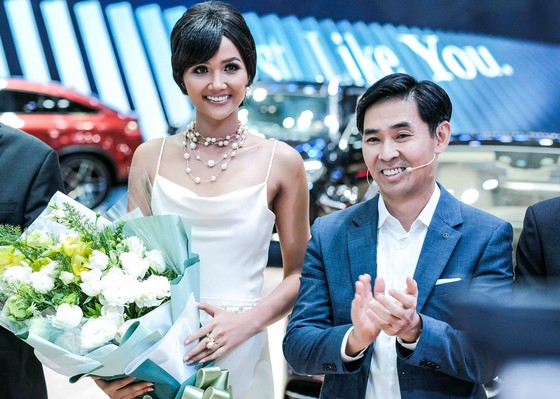 Mercedes-Benz Việt Nam ở VMS 2018: Hiện thực hóa việc sở hữu xe sang ảnh 2