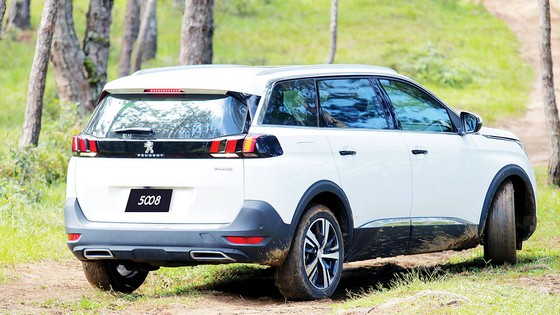 """Peugeot với chương trình """"Bảo hành vàng, sẵn sàng bứt phá""""  ảnh 1"""
