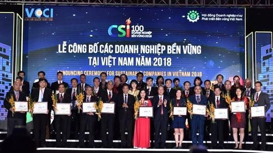 Công ty CP Tập đoàn Xây dựng Hòa Bình nhận giải thưởng Doanh nghiệp Bền vững 2018 ảnh 1