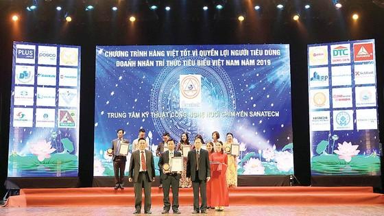 Sanest, Sanest Tourist và Sanatech được vinh danh Tốp 50 Sản phẩm, Dịch vụ vàng ảnh 1