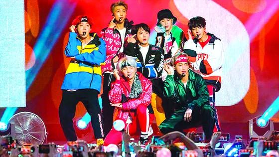 Ngành giải trí và văn hóa Hàn Quốc bội thu ảnh 1