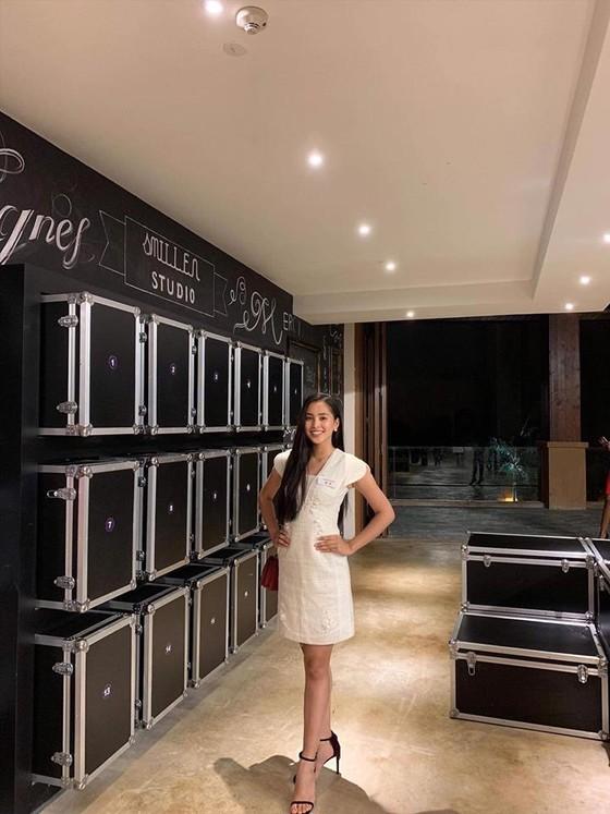 Lọt top 5 dự án Nhân ái, hoa hậu Tiểu Vy rộng đường vào top 30 Miss World ảnh 2