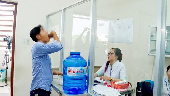 Gỡ nút thắt bảo hiểm y tế cho bệnh nhân HIV ảnh 1