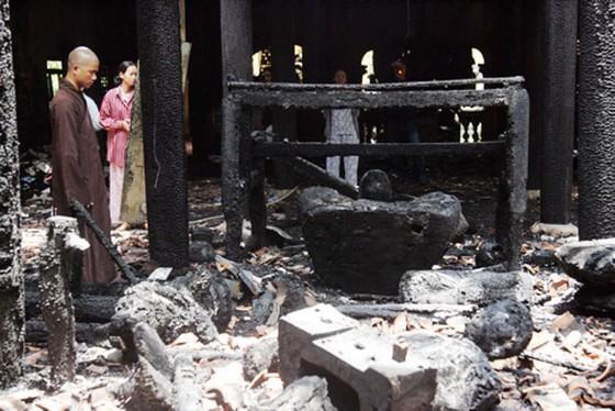 Cảnh giác cháy nổ nơi thờ tự ảnh 1
