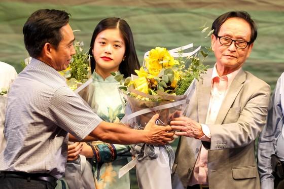 """Thăng hoa với chương trình """"Cải lương tuồng cổ Việt Nam và Triều kịch Quảng Đông Trung Quốc"""" ảnh 1"""
