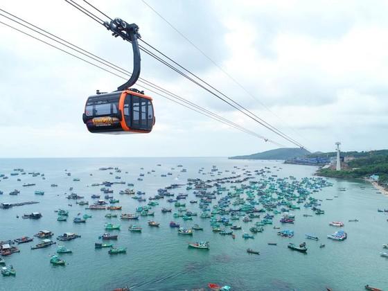 Đầu tư mạnh vào dịch vụ: Hướng đi cho BĐS du lịch Việt Nam ảnh 1