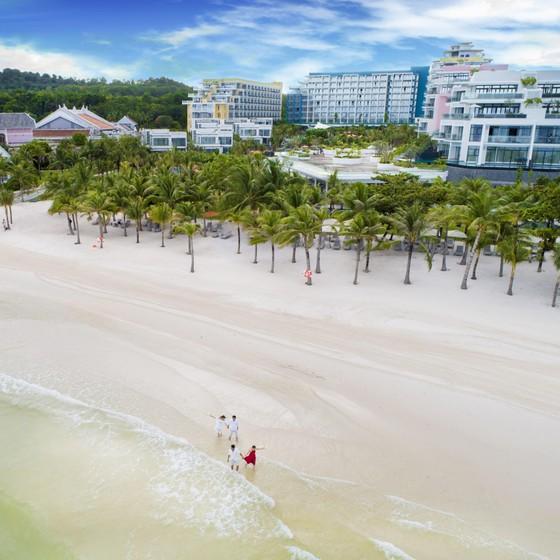 Đầu tư mạnh vào dịch vụ: Hướng đi cho BĐS du lịch Việt Nam ảnh 2
