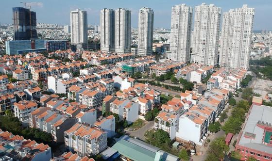 Dân cư tăng nhanh, nhà ở 'hụt hơi' ảnh 2