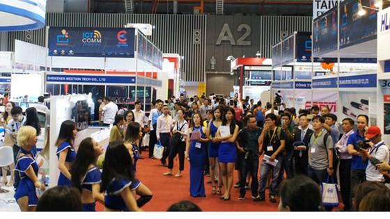 ICT COMM trình diễn nhiều công nghệ Việt ảnh 1