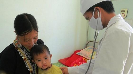 Phát triển y tế cơ sở, tạo nền tảng hướng tới bao phủ chăm sóc sức khỏe toàn dân ảnh 2