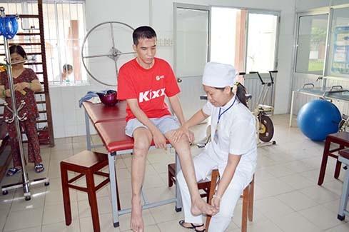 Bình Phước: Nỗ lực phục hồi chức năng cho người khuyết tật ảnh 2