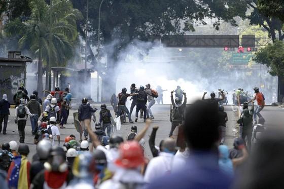 Goldman Sachs tiếp tay  chính phủ Venezuela? ảnh 1