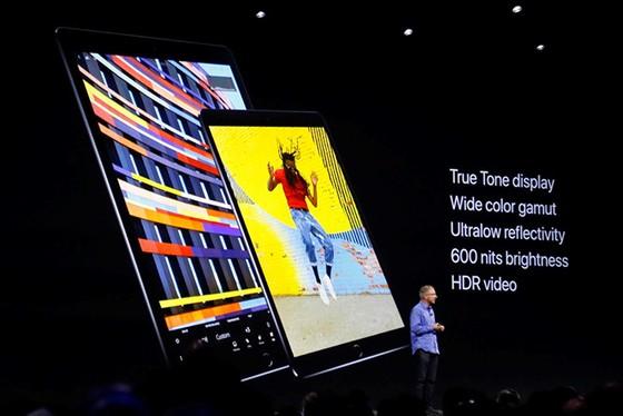 Apple giới thiệu iPad Pro 10,5 inch mới, giá từ 649 USD - ảnh 1