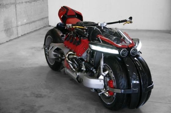 Sieu moto Phap mang dong co V8, 470 ma luc cua Maserati hinh anh 2