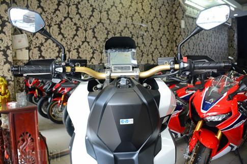 Xe tay ga Honda X-ADV về Việt Nam, giá 590 triệu đồng - ảnh 16