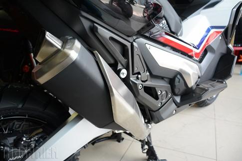 Xe tay ga Honda X-ADV về Việt Nam, giá 590 triệu đồng - ảnh 10
