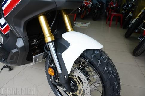 Xe tay ga Honda X-ADV về Việt Nam, giá 590 triệu đồng - ảnh 7