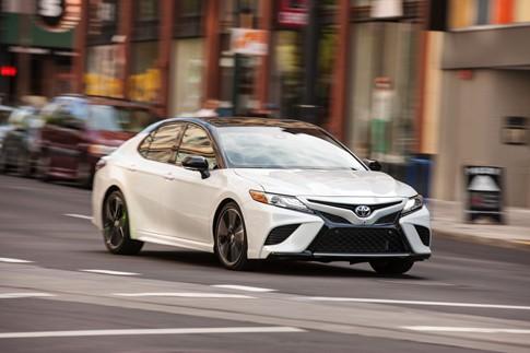 Toyota Camry 2018 có giá từ 23.45 USD tại Mỹ - ảnh 7