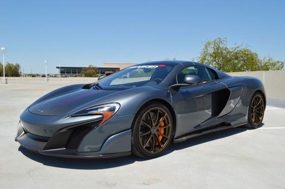 McLaren 675LT Spider do chinh hang co gia ban hon 487.000 USD hinh anh 1