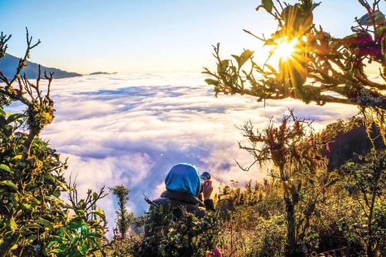 Nhịp sống giữa mây trời ảnh 3