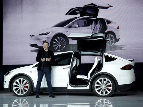 Tesla khong chiu tham gia cuoc dieu tra chat luong xe dien hinh anh 1