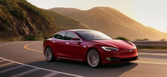 Tesla khong chiu tham gia cuoc dieu tra chat luong xe dien hinh anh 2