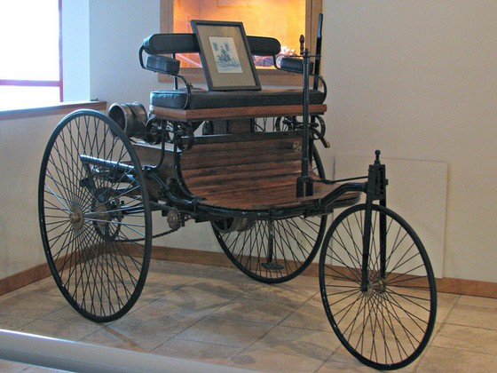Những chiếc ô tô đầu tiên trên thế giới - Ảnh 4.